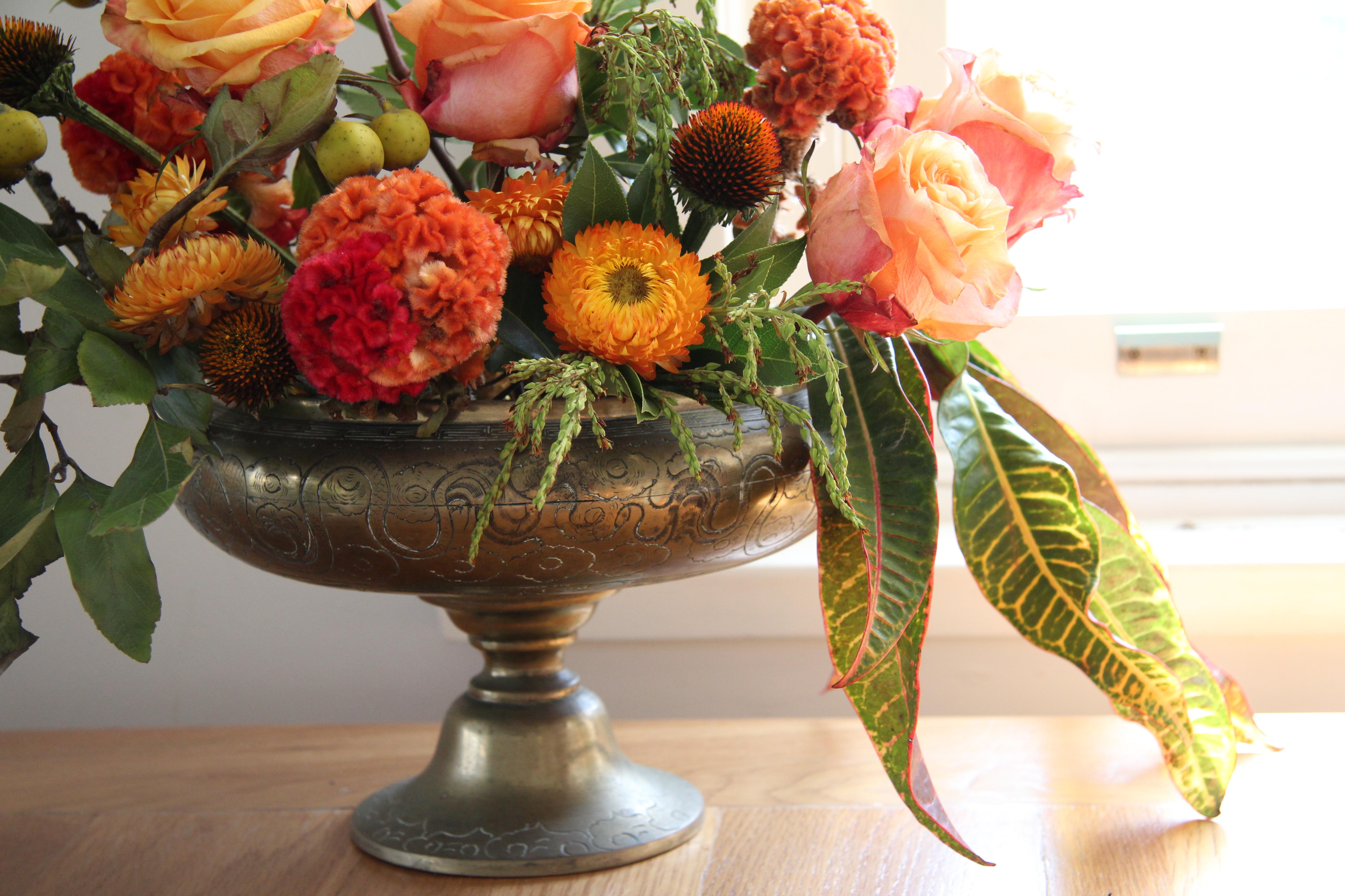 Autumn gold bowl